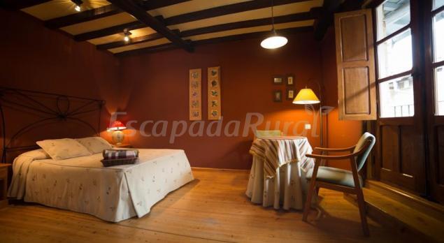 Artesa casa rural en candelario salamanca - Candelario casa rural ...