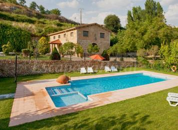 19 chimeneas en casas rurales para embobarte con el for Casas rurales con piscina particular