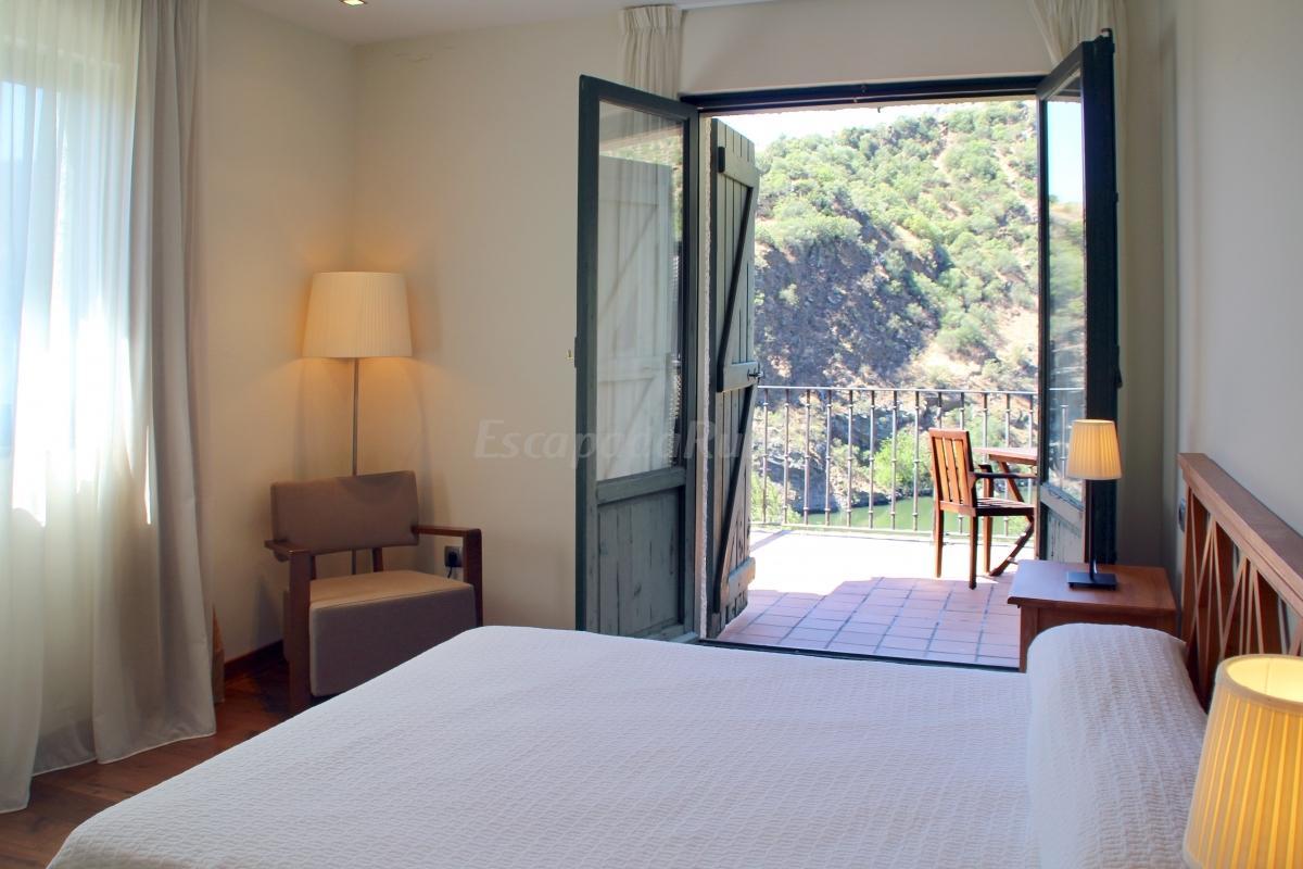 Fotos de hotel oca aldeaduero casa rural en salto de - Hotel salamanca 5 estrellas ...