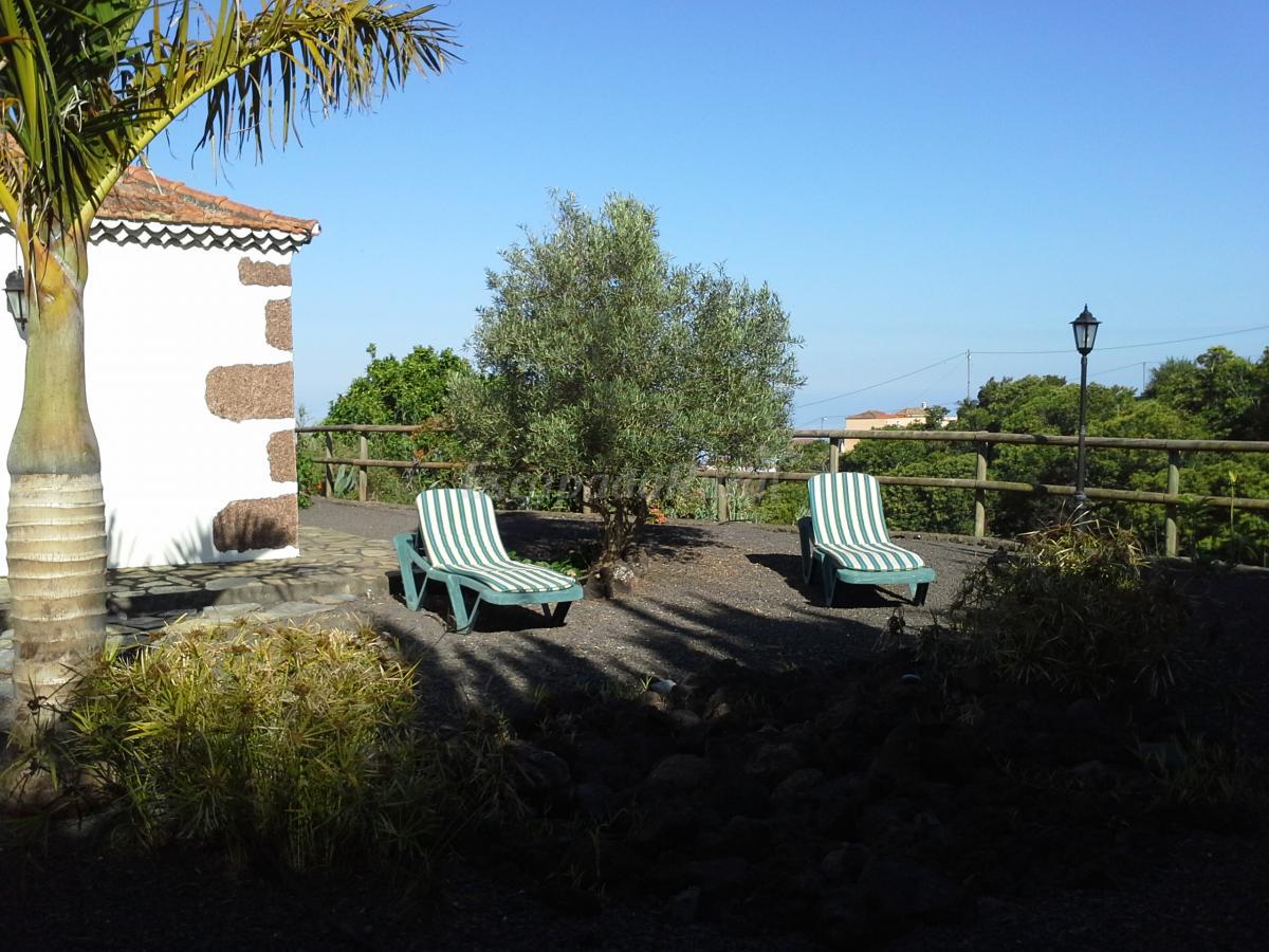 Fotos de casa la camelia casa rural en puntallana santa for Casas en santa cruz de tenerife