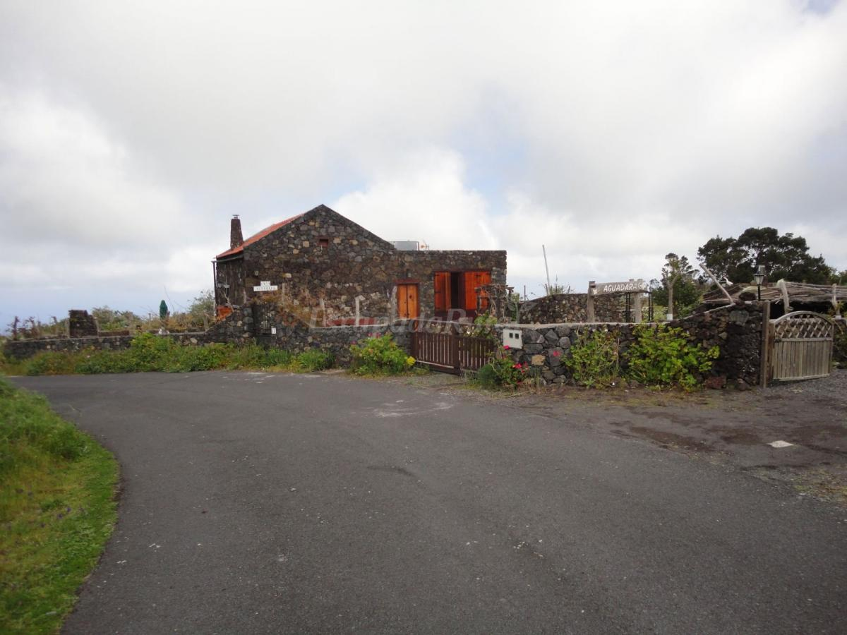 Fotos de casa aguadara casa de campo em las monta etas for Casas en santa cruz de tenerife