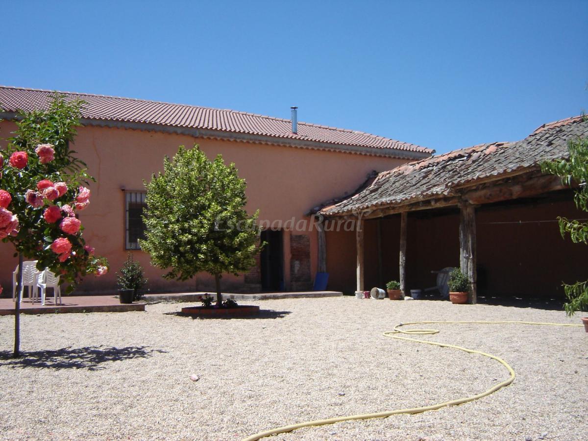 Fotos de la candela casa rural en bernuy de coca - Casa de la paca coca segovia ...