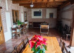 4270a9cef2dc9 Casa Rural La Irvienza - Casa rural en Martín Muñoz de las Posadas ...