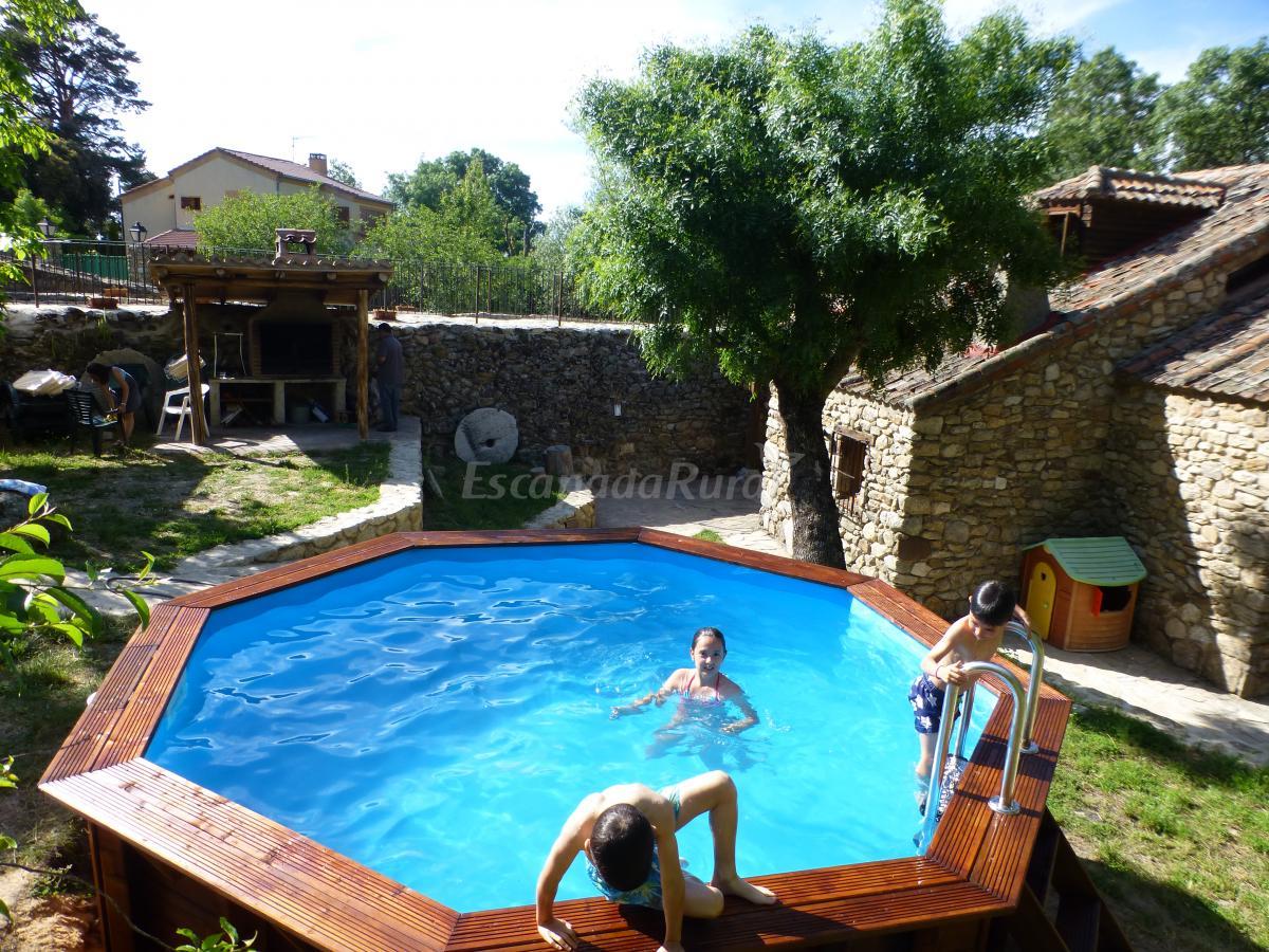Fotos de la casa del molino casa rural en ortigosa del - Casas del monte casa rural ...