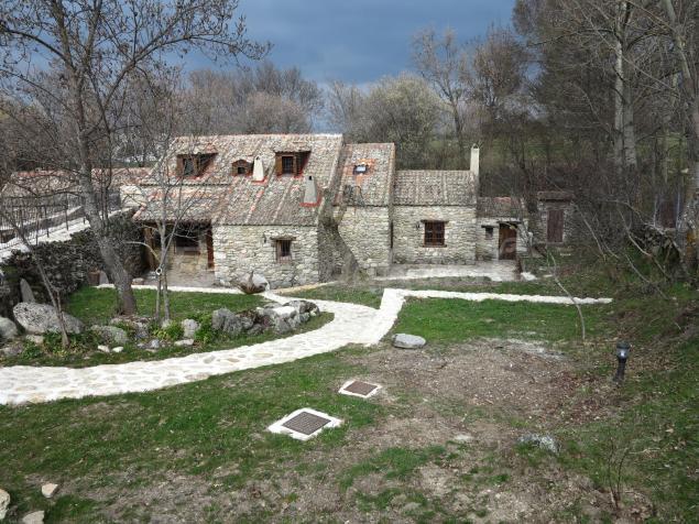 Fotos de la casa del molino casa rural en ortigosa del for Casa rural jardin del desierto