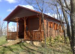 Bungalows camping riaza casa rural en riaza segovia - Casa rural riaza ...