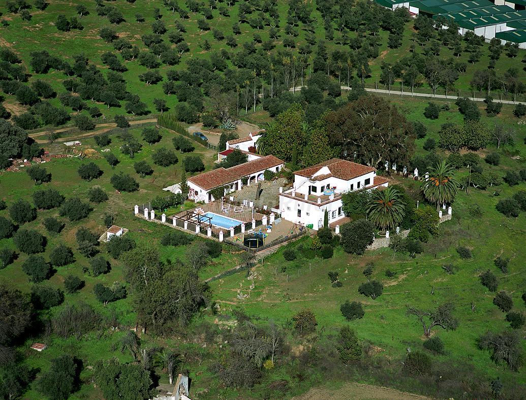 Fotos de cortijo los manantiales casa rural en cazalla de la sierra sevilla - Casas en cazalla de la sierra ...