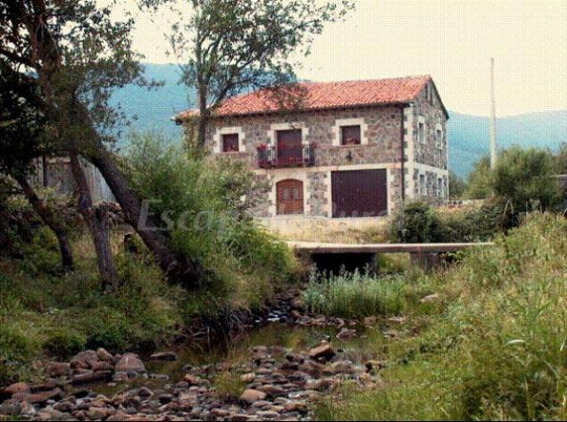 10 Casas Rurales En Laguna Negra Y Circos Glaciares De Urbión Para Ir Con Mascota