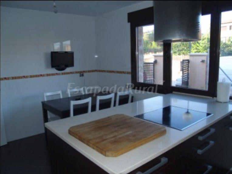 Foto di estanque de tera casa vacanze atera soria - Television cocina ...