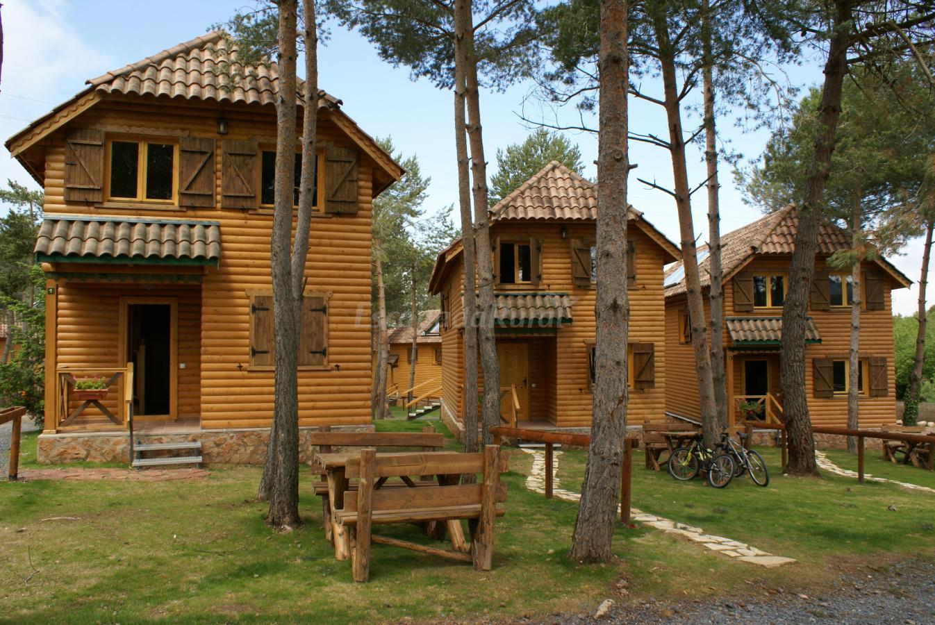Fotos de casas rurales el xalet de prades casa rural en - Casas rurales e ...