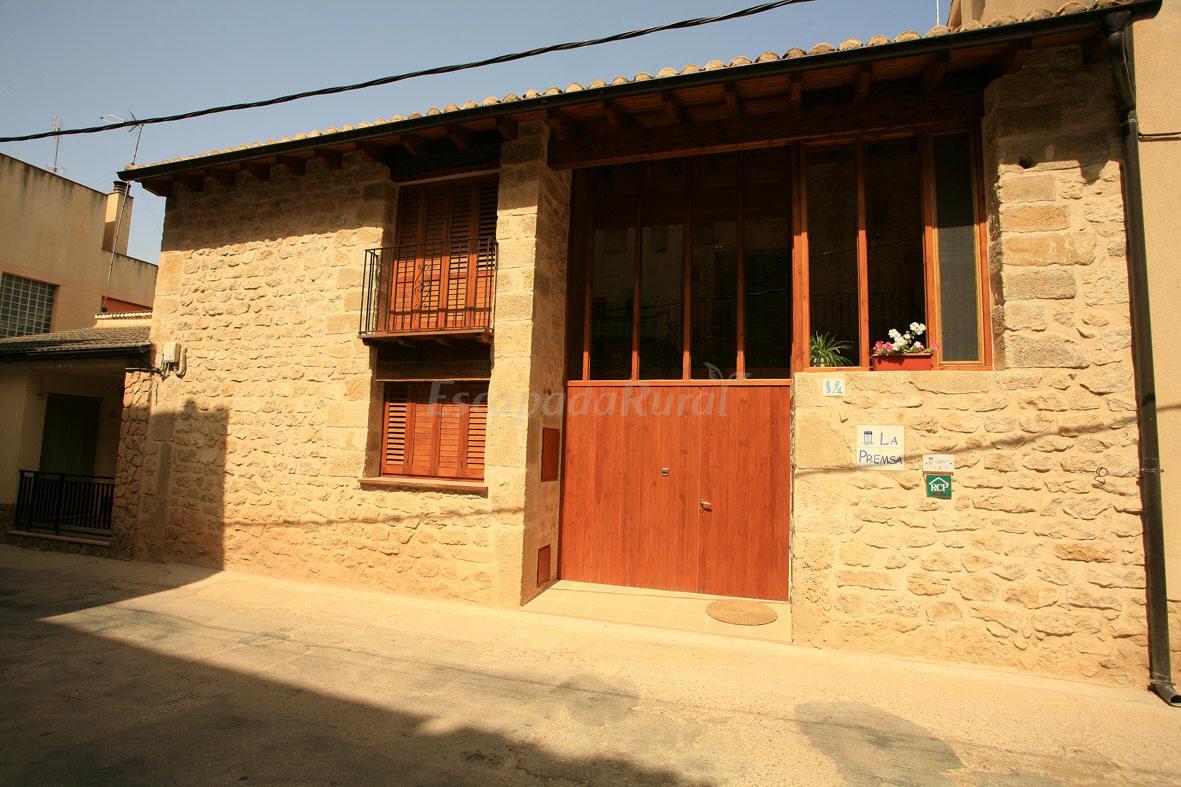 Fotos de la premsa casa rural en arnes tarragona for Casa rural tarragona