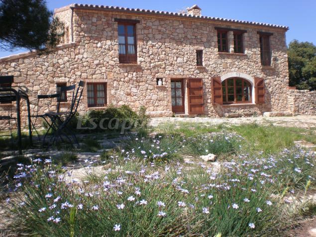 Mas del salin casa rural en cornudella de montsant for Casa rural tarragona