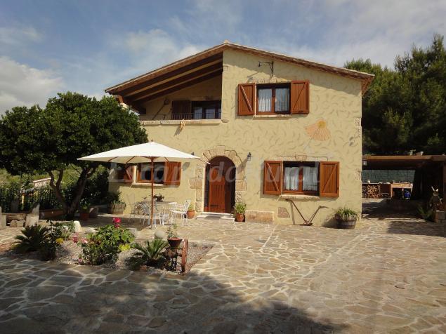 Casa gabri casa rural en vespella de gai tarragona for Casa rural tarragona