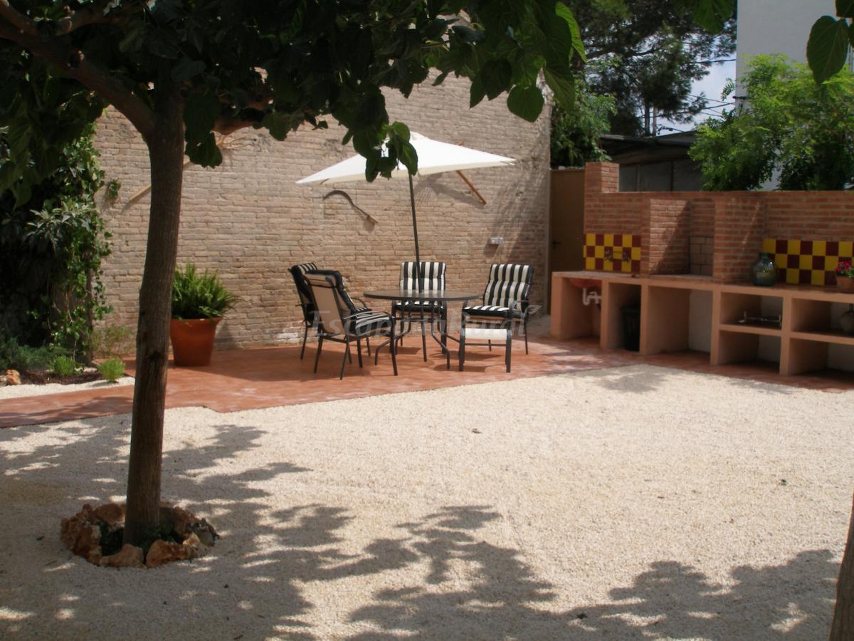Fotos de casa ramon de l 39 habana casa rural en deltebre for Casa rural tarragona