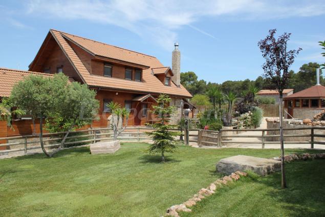 Finca sanumais y spa casa rural en cabra del camp for Casa rural tarragona