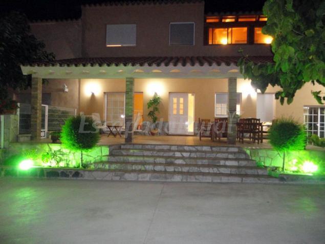 Casa izquierdo casa rural en deltebre tarragona for Casa rural tarragona