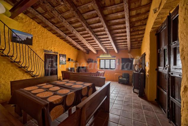Mas de farrubio casa rural en roquetes tarragona - Cases rurals a tarragona ...