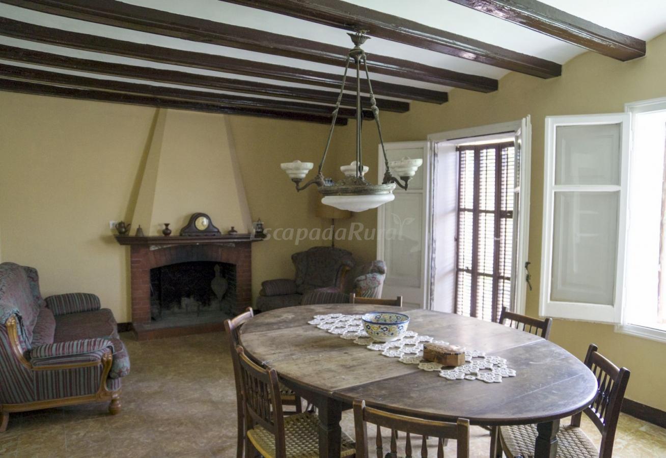 Fotos de casa rural cal dami casa rural en vilanova d for Casa rural tarragona