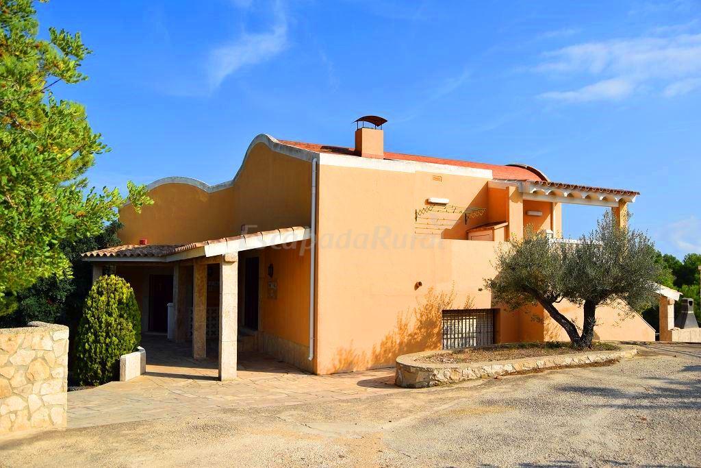 Fotos de guila daurada casa rural en l 39 ametlla de mar tarragona - Casa rural ametlla de mar ...