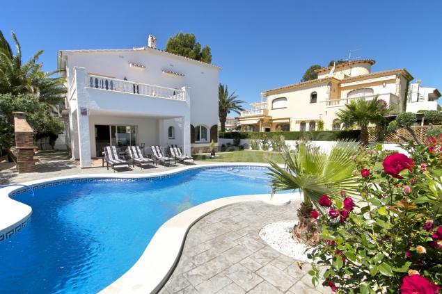 Villa gallo casa rural en miami platja tarragona - Casas alquiler costa dorada ...