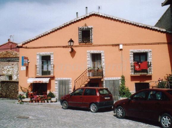 Casa alicia apartamentos bronchales casa rural en bronchales teruel - Casa rural bronchales ...
