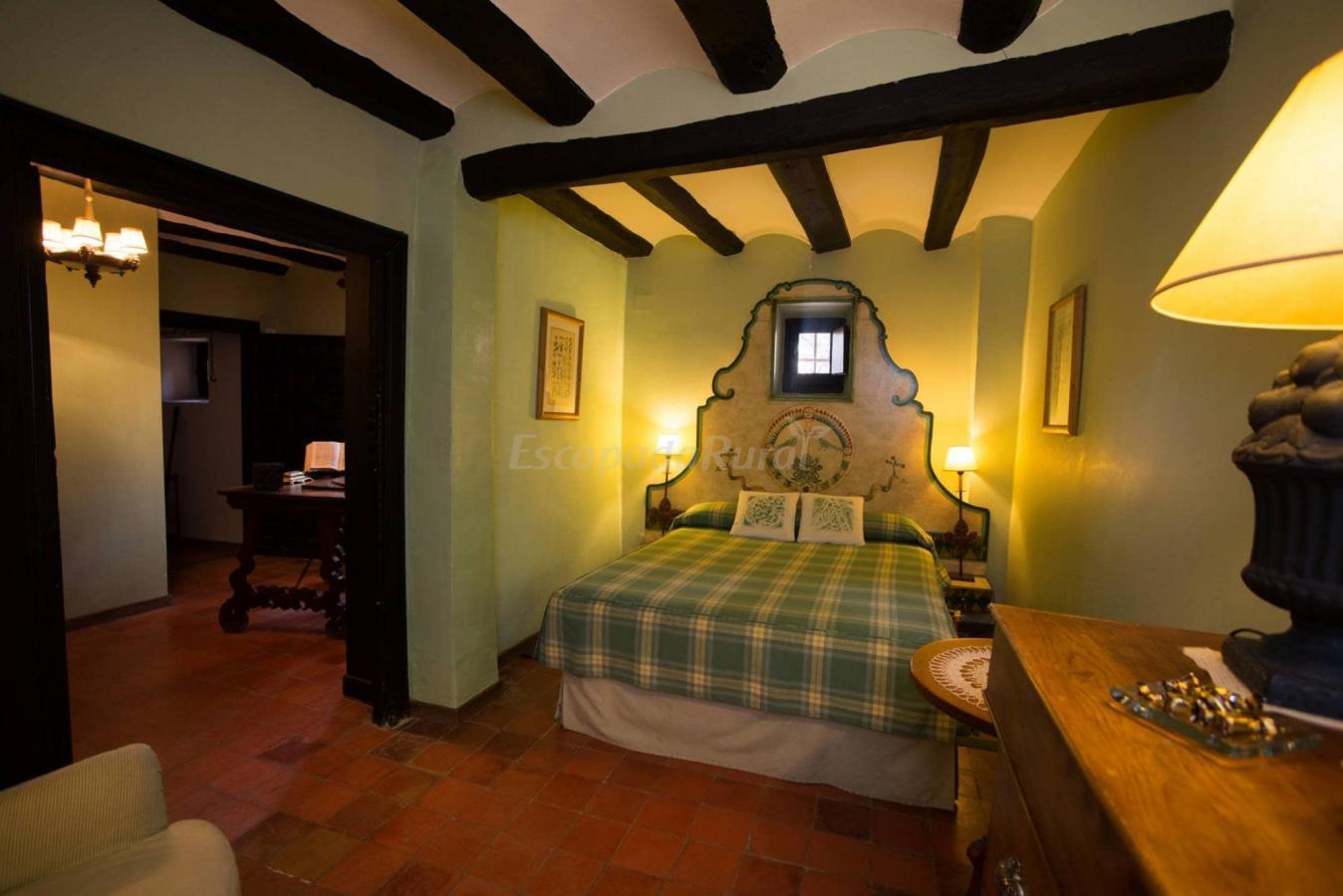 Fotos de la casona de ajimez casa rural en albarrac n teruel - Casa rural gea de albarracin ...