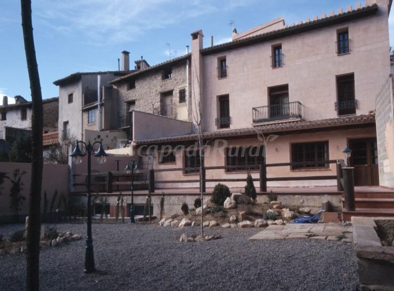 Fotos de hotel de la villa casa rural en rubielos de - Casas rurales rubielos de mora ...
