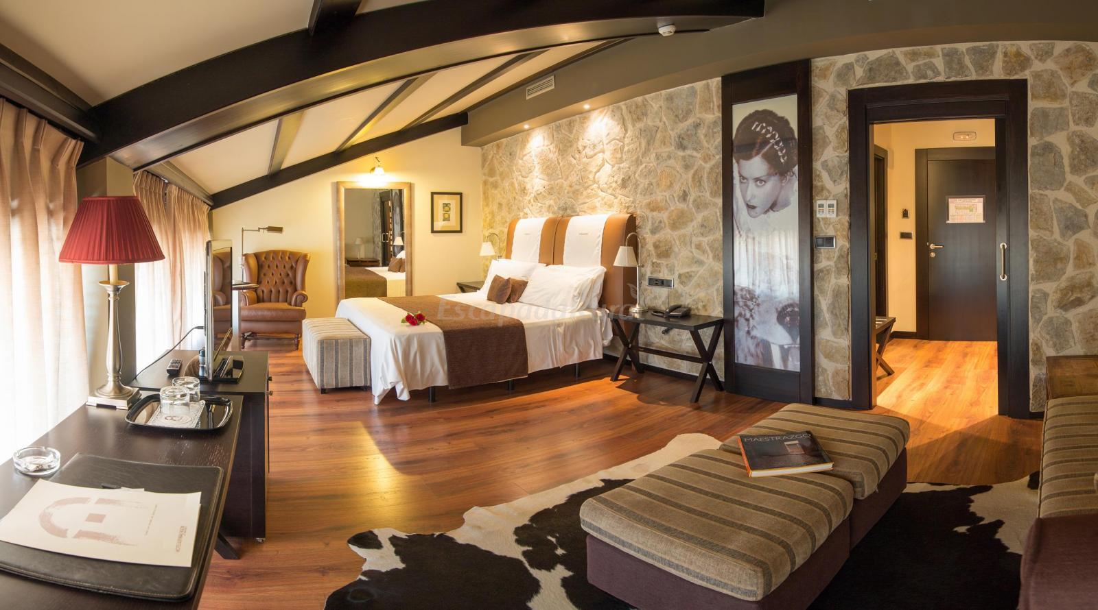 Fotos de hotel spa balfag n alto maestrazgo casa rural for Hoteles en teruel con piscina