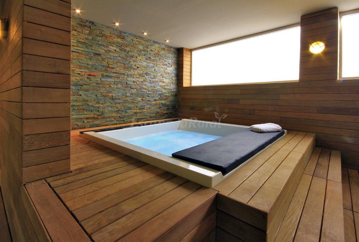 Fotos de lagaya apartaments spa casa rural en valderrobres teruel - Jacuzzi para interior ...