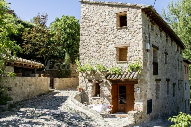 La casa de los moyas casa rural en olba teruel - Casa rural la vall de gavarresa ...