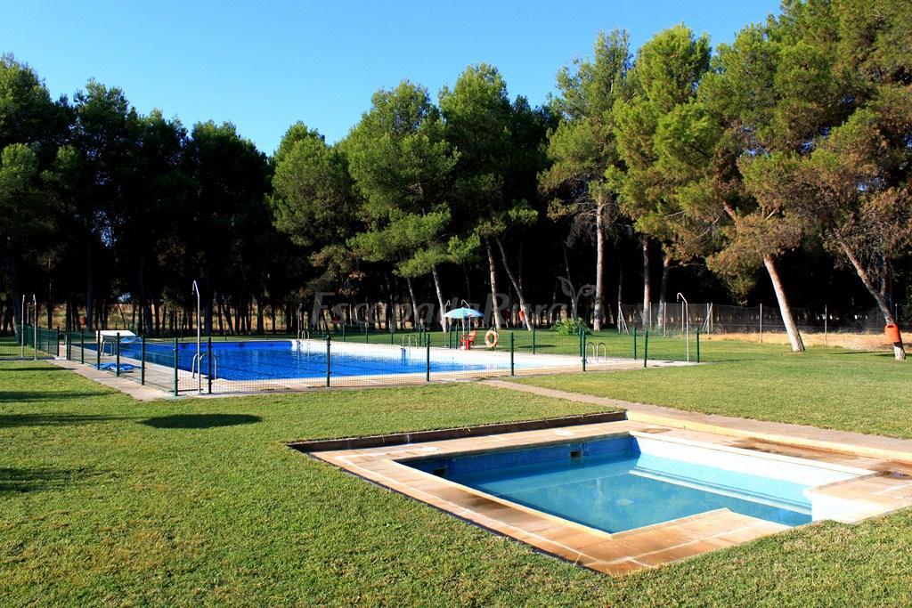 Fotos de la casa de la veleta casa rural en la rinconada toledo - Casa rural toledo piscina ...