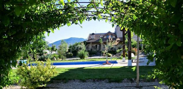 El capricho de los montes casa rural en las navillas toledo - Casa rural toledo piscina ...