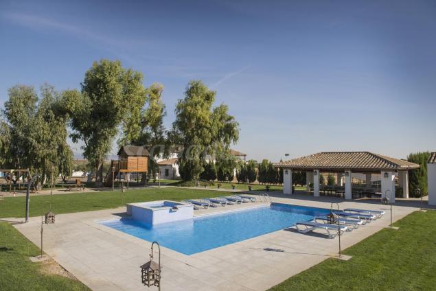 Finca ventalama casa rural en los cerralbos toledo for Casas rurales con piscina en alquiler