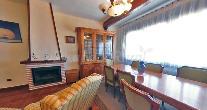 Fotos de la casa del mueble casa rural en sonseca toledo for Casa del mueble