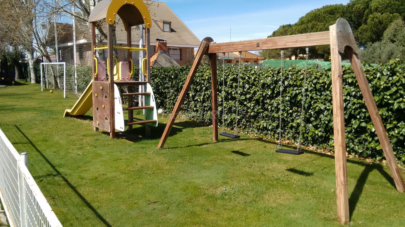 Fotos de Casa Rural El Jardín de los Niños - Casa rural en El Viso ...