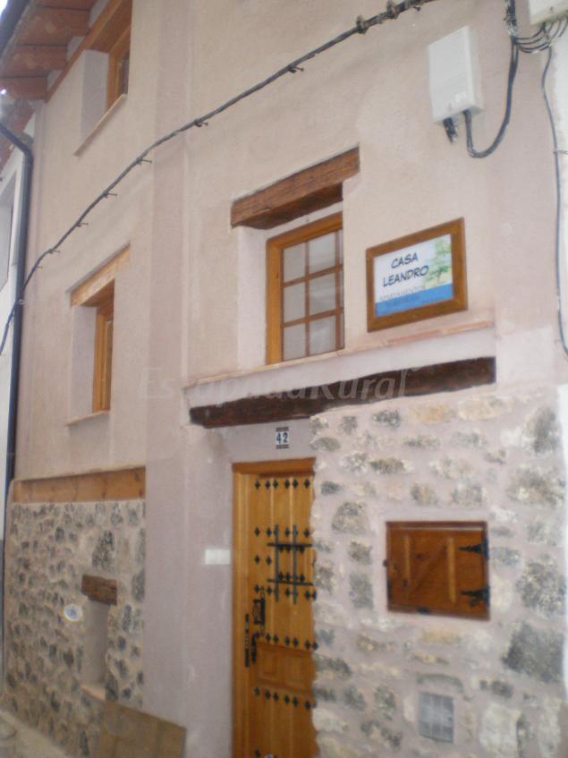 Casa leandro casa rural en ademuz valencia - Casa rural ademuz ...