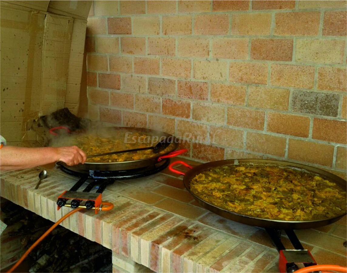 Foto di casa sierra de chiva casa rural en chiva valencia - Paelleros de obra ...