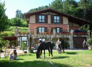 Bosque de oma el bosque pintado - Casas rurales cerca vilafranca del penedes ...