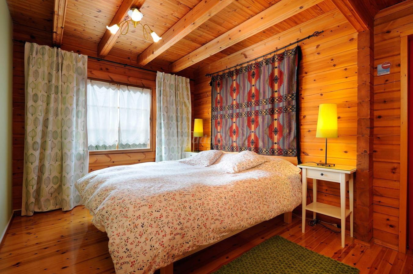 Fotos de la casa de madera casa rural en arrieta vizcaya - Casa rural de madera ...