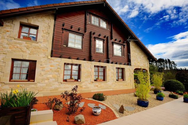 Fotos de la casa de madera casa rural en arrieta vizcaya for Casas de madera shop