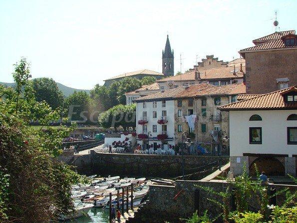 Fotos de hotel el puerto casa rural en mundaka vizcaya - Casa rural mundaka ...