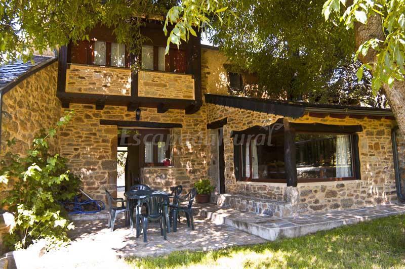 Foto di casa rural el nogal casa rural en valdespino zamora - Casas rurales cerca de zamora ...