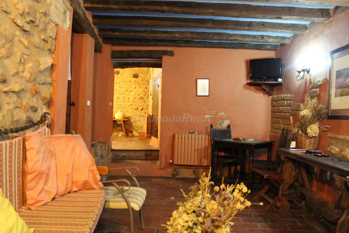 Fotos de el mirador del moncayo casa rural en santa cruz de moncayo zaragoza - Casa rural moncayo ...