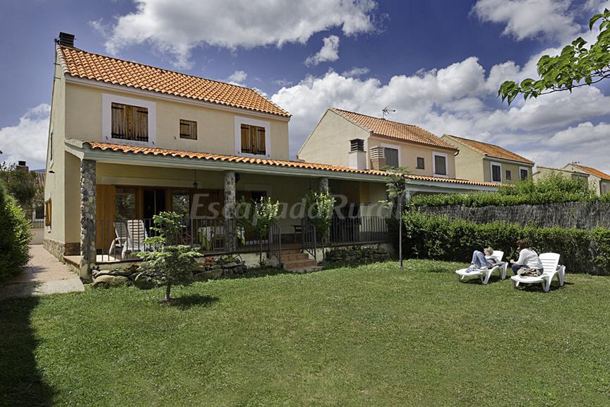 Fotos de casa de la encina casa rural en a n de moncayo zaragoza - Casa rural moncayo ...