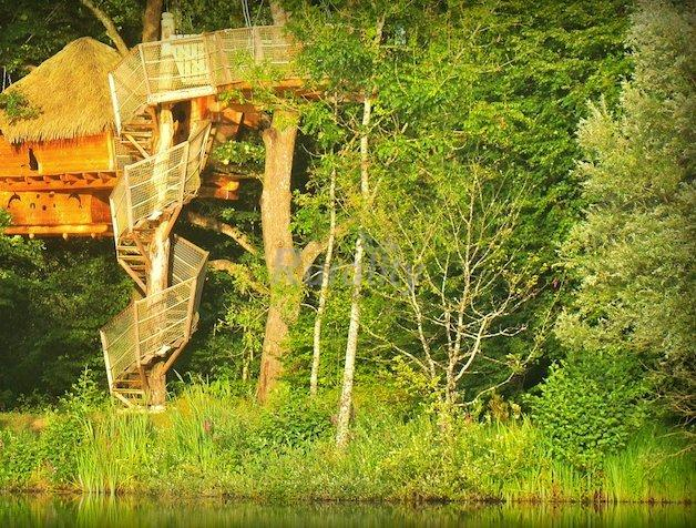 les cabanes des grands lacs casa rural en chassey l s montbozon haute sa ne. Black Bedroom Furniture Sets. Home Design Ideas
