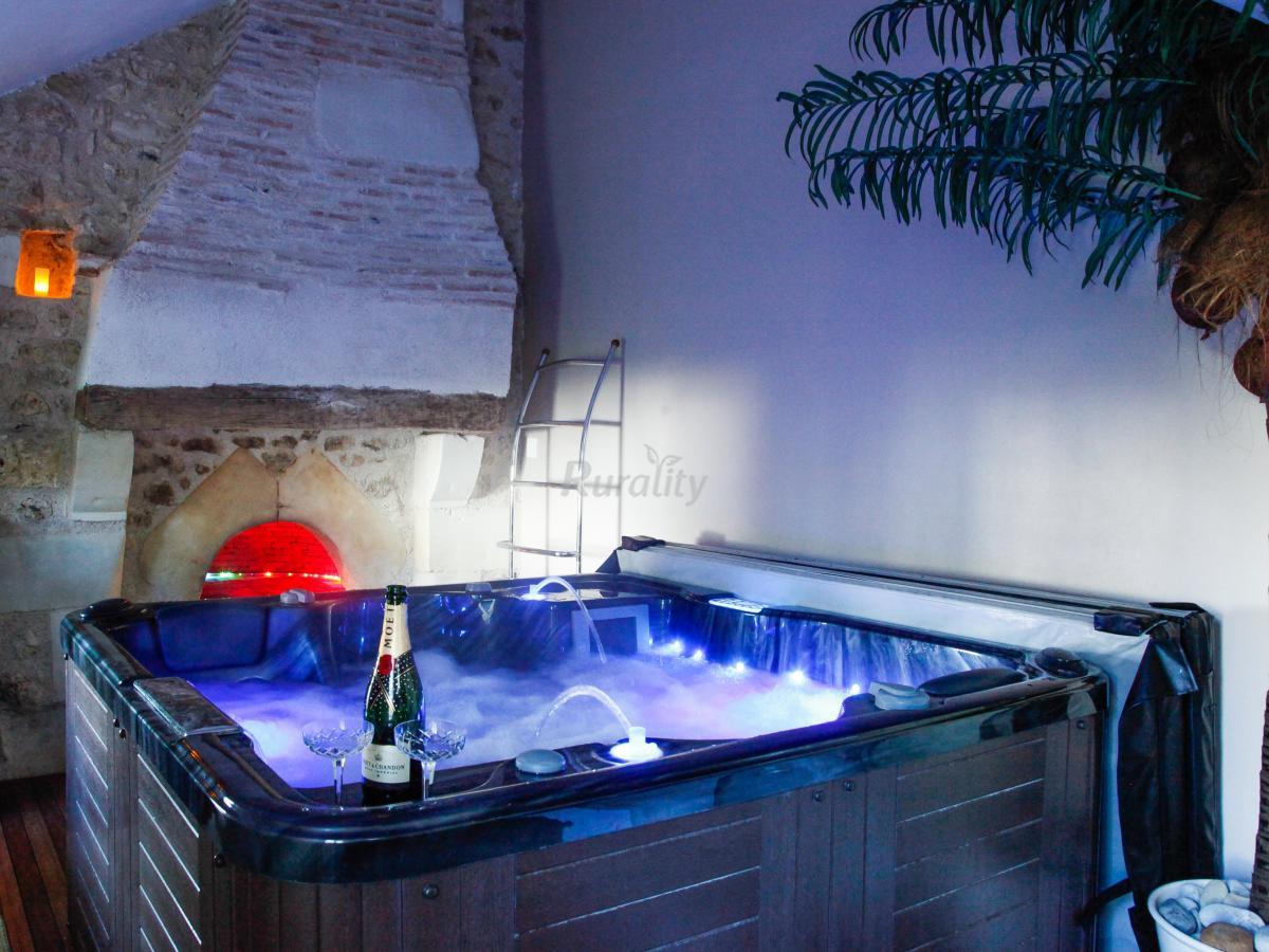 foto di lyzen casa vacanze apontlevoy loir et cher. Black Bedroom Furniture Sets. Home Design Ideas