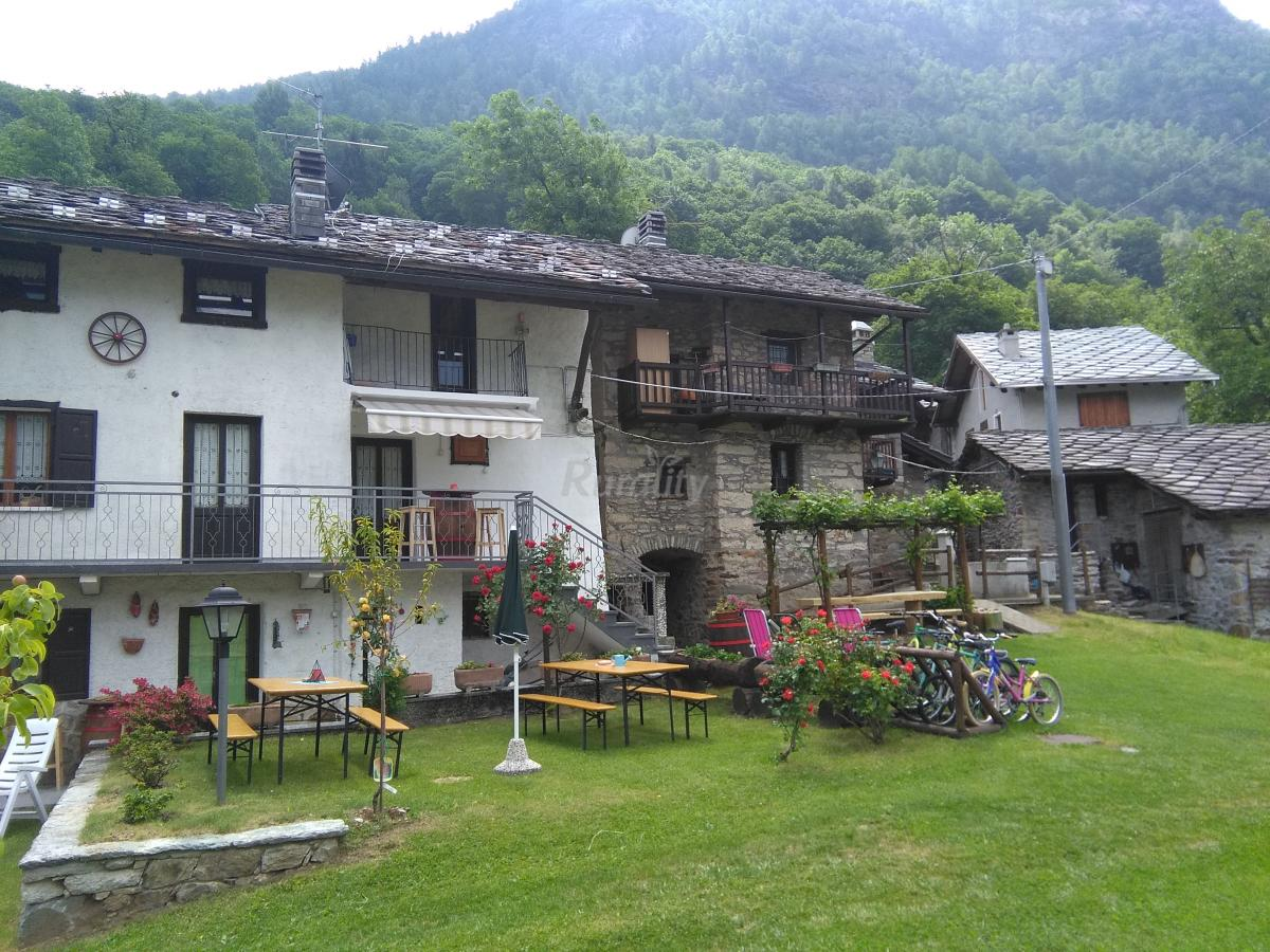 Foto di ranch dei salassi casa vacanze alillianes aosta for Schierandosi casa di ranch