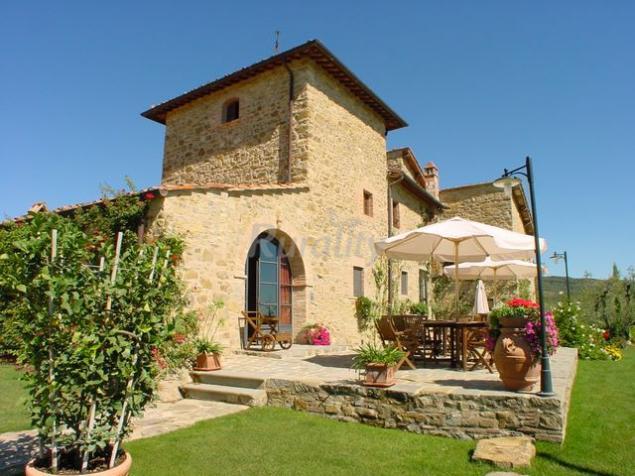 Casa cornacchi casa rural en montebenichi arezzo for Idea casa arezzo
