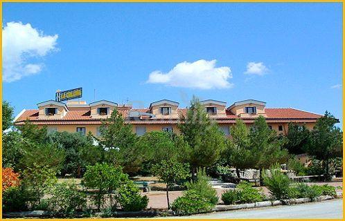 Hotel Ristorante La Collina - Casa rural en San Giovanni Rotondo ...