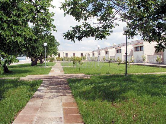 Residence borgo cardigliano casa vacanze aspecchia lecce - Specchia lecce mappa ...